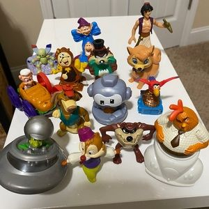 """Lot Of 14 Figures Sizes 3-4"""" Tall"""